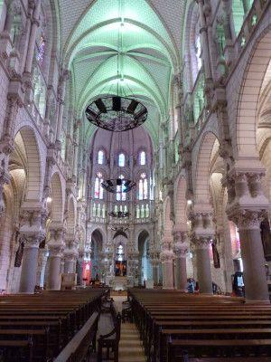 Intérieur de l'église Saint-Benoit